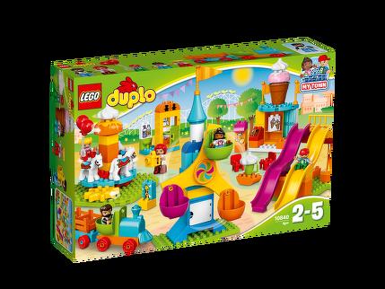 LEGO® Großer Jahrmarkt 10840
